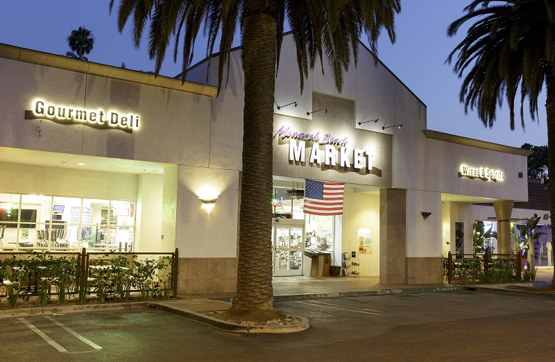 Monarch Beach Market Gives Back to the Community